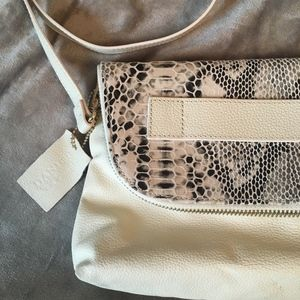 NWOT Danier White Leather Snake Crossbody/Clutch